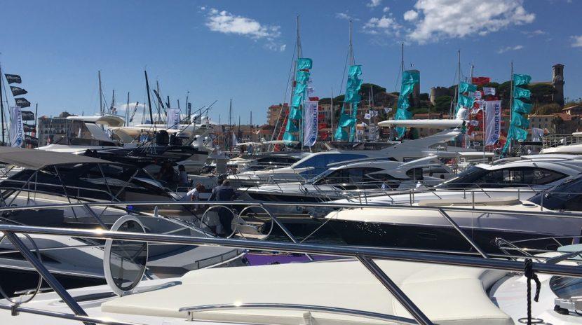 Uno scorcio dello Yachting Festival di Cannes