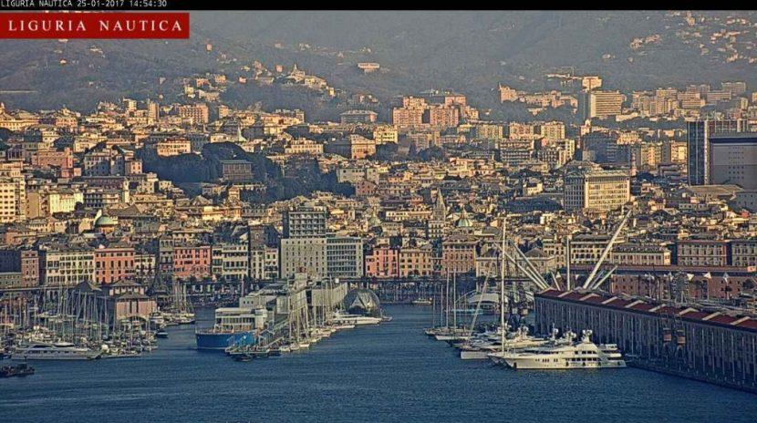 Genova - Il Porto Antico inquadrato dalla webcam di Liguria Nautica